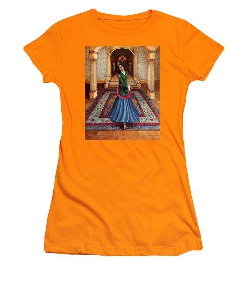 The Court Dancer Women's T-Shirt (Athletic Fit)