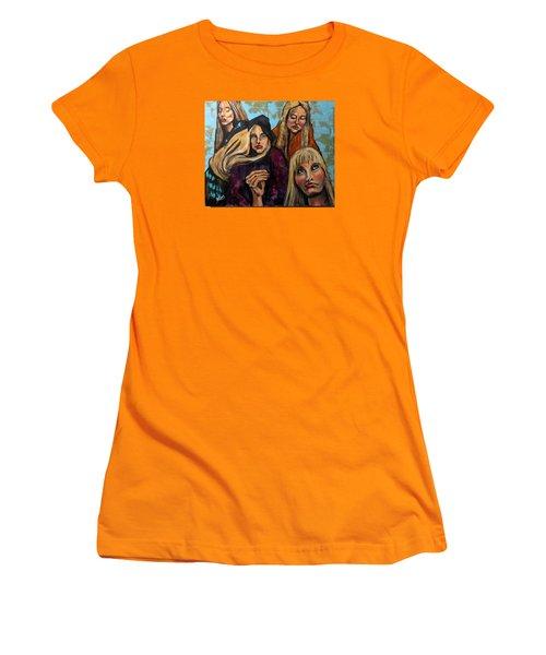 The Folk Singer Women's T-Shirt (Athletic Fit)