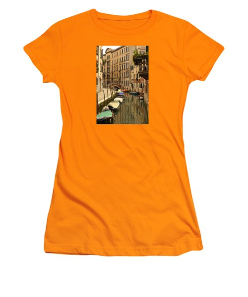 Venice Street Scene 2 Women's T-Shirt (Athletic Fit)