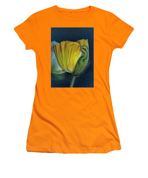 Women's T-Shirt (Junior Cut) featuring the photograph Vintage Poppy 2017 No. 1 by Richard Cummings