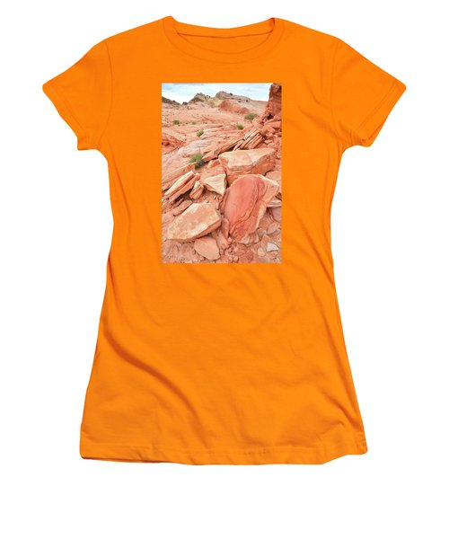Women's T-Shirt (Junior Cut) featuring the photograph Wash 4 Color In Valley Of Fire by Ray Mathis