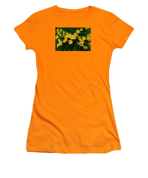 Wildflower Bouquet Women's T-Shirt (Junior Cut) by Linda Edgecomb