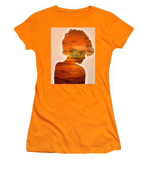 Woman And A Sunset Women's T-Shirt (Athletic Fit)