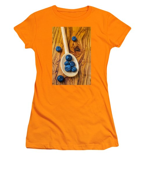 Wooden Spoon And Blueberries Women's T-Shirt (Junior Cut)