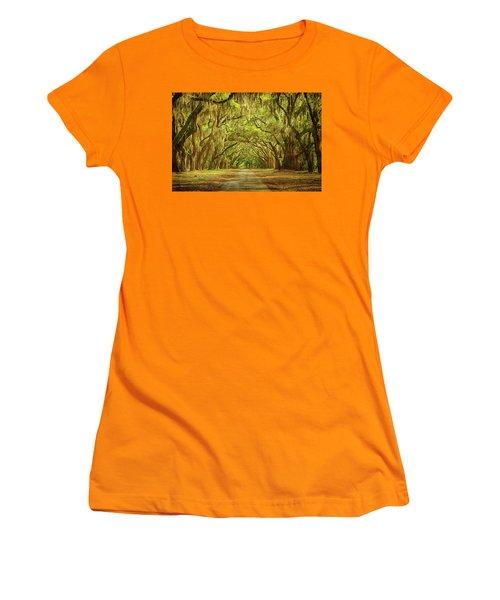Wormsloe Plantation Oaks Women's T-Shirt (Athletic Fit)