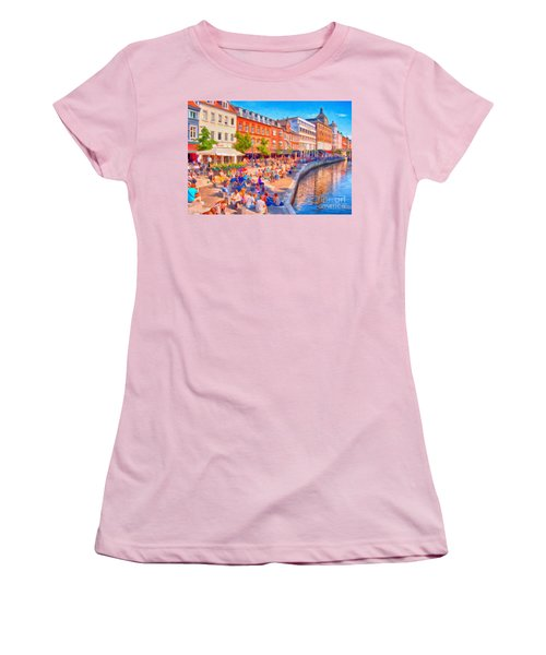 Aarhus Canal Digital Painting Women's T-Shirt (Athletic Fit)