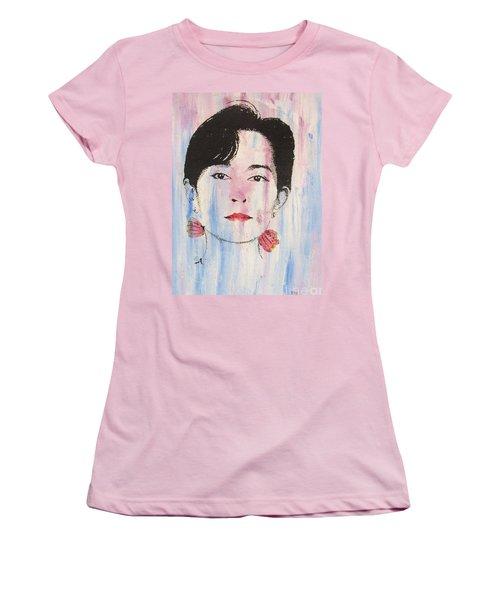 Aung San Suu Kyi Women's T-Shirt (Junior Cut) by Roberto Prusso