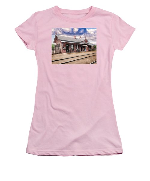 Garrison Train Station Colorized Women's T-Shirt (Athletic Fit)