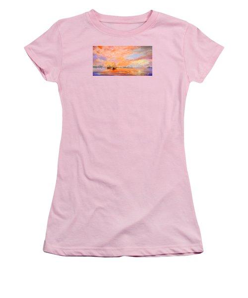 La Florida Women's T-Shirt (Athletic Fit)