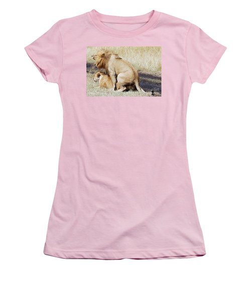 Lions Mating Women's T-Shirt (Athletic Fit)