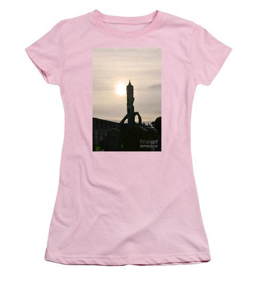 St Andrews Scotland At Dusk Women's T-Shirt (Athletic Fit)
