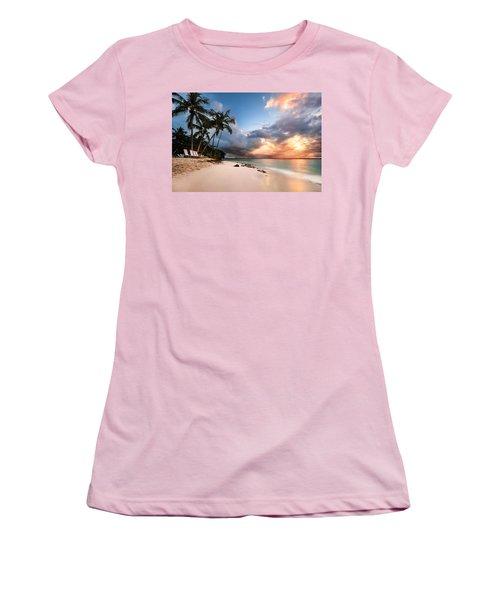 Women's T-Shirt (Junior Cut) featuring the photograph Sunset Over Bacardi Island by Mihai Andritoiu