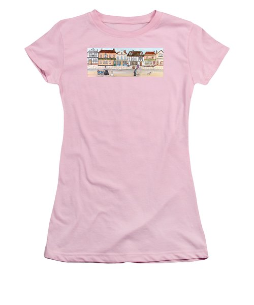 Villaggio Antico Women's T-Shirt (Athletic Fit)