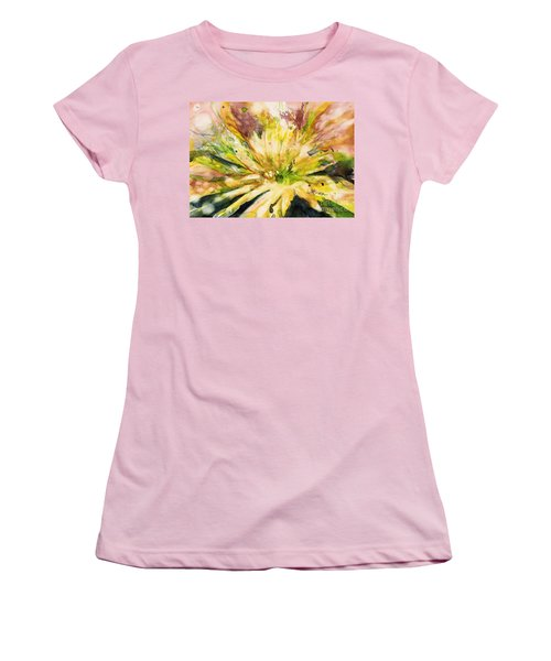 Yellow Mum Women's T-Shirt (Athletic Fit)