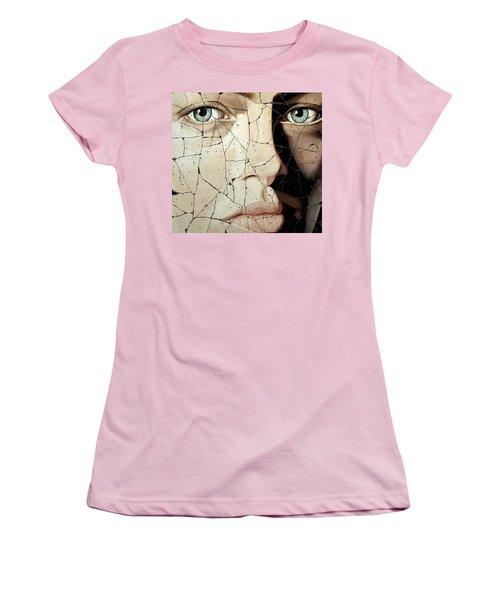 Zara - Study No. 1 Women's T-Shirt (Athletic Fit)