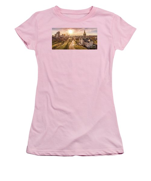 Women's T-Shirt (Junior Cut) featuring the photograph Sunrise In Hartford Connecticut by Petr Hejl