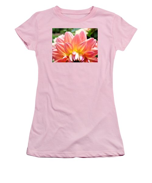 Fanned Out Petals Women's T-Shirt (Athletic Fit)