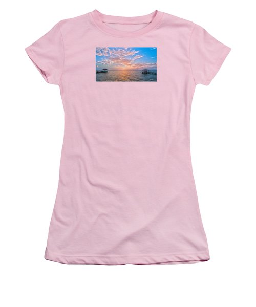 Good Morning Aransas Bay Women's T-Shirt (Athletic Fit)