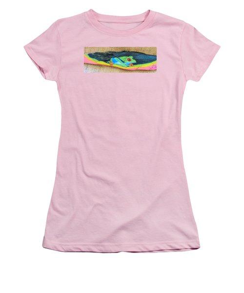 Green Tree Frog Women's T-Shirt (Junior Cut) by Ann Michelle Swadener