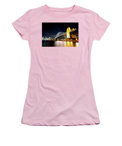 Harbour City Women's T-Shirt (Athletic Fit)