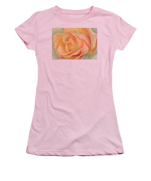 Last Autumn Rose Women's T-Shirt (Athletic Fit)