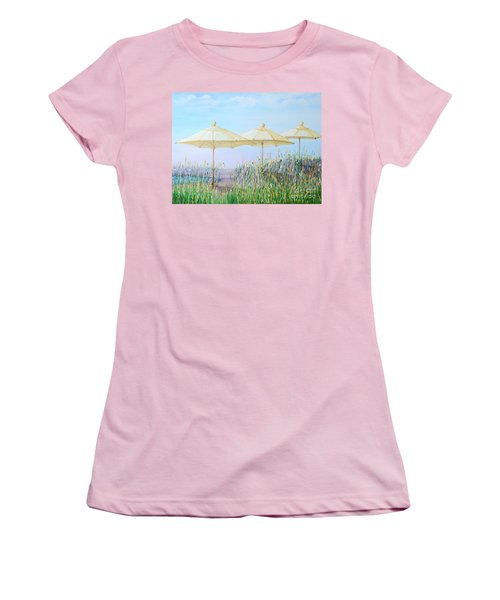 Lazy Days Of Summer Women's T-Shirt (Athletic Fit)