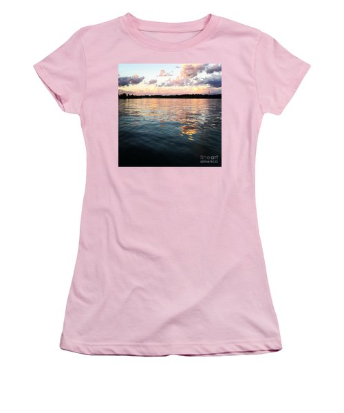 Lkn Water And Sky  I Women's T-Shirt (Athletic Fit)
