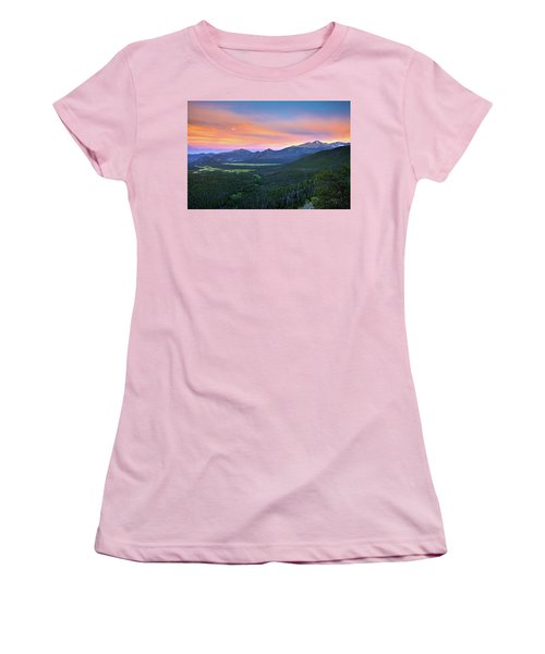 Women's T-Shirt (Athletic Fit) featuring the photograph Longs Peak Sunset by David Chandler