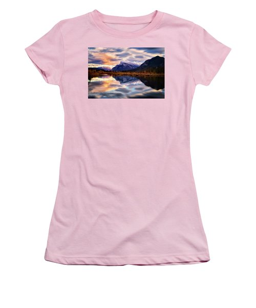 Natural Mirror Women's T-Shirt (Athletic Fit)
