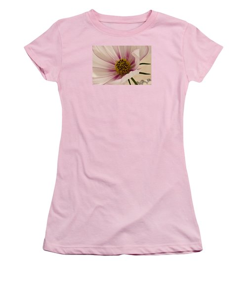 Pink Bi Color Cosmo Macro Women's T-Shirt (Athletic Fit)