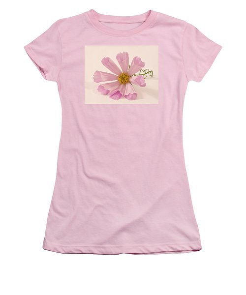 Pink Cosmo - Sea Shell Macro Women's T-Shirt (Athletic Fit)