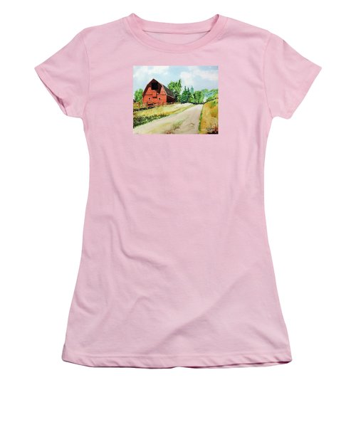 Red Barn Near Steamboat Springs Women's T-Shirt (Junior Cut) by Tom Riggs