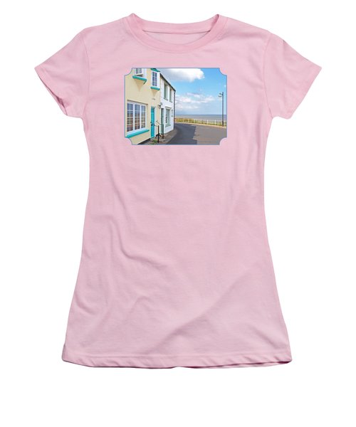 Sunny Outlook - Southwold Seafront Women's T-Shirt (Athletic Fit)