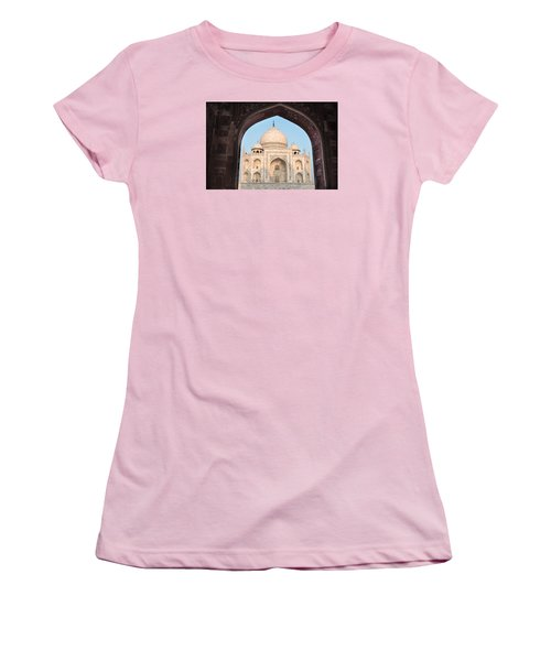 Sunrise Arches Of The Taj Mahal Women's T-Shirt (Athletic Fit)