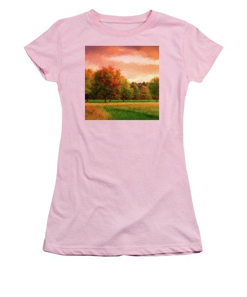 Sunset Field Women's T-Shirt (Junior Cut)