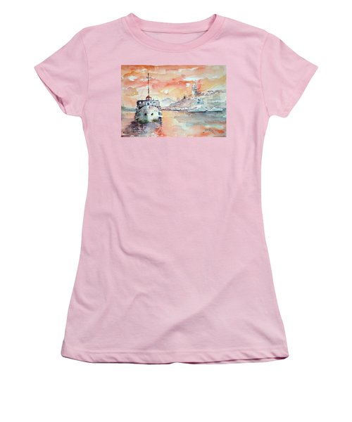 Sunset In Istanbul... Women's T-Shirt (Athletic Fit)