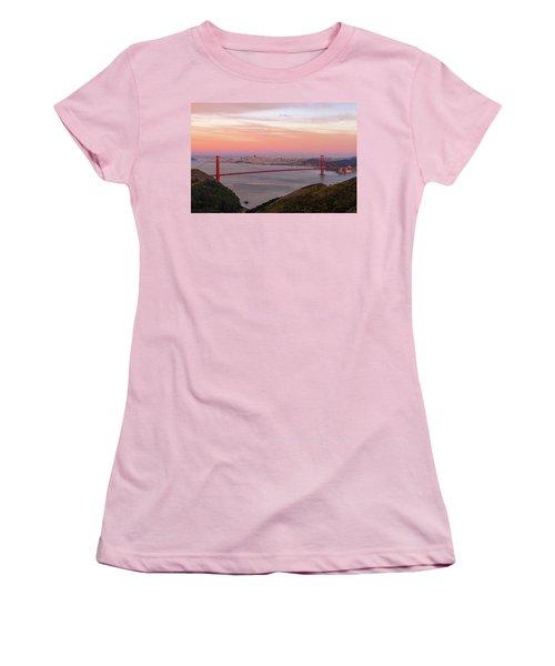 Sunset Over Golden Gate Bridge And San Francisco Skyline Women's T-Shirt (Athletic Fit)