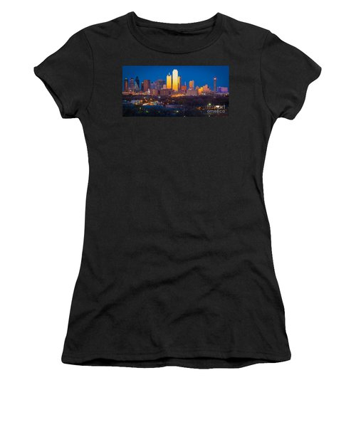 Dallas Skyline Women's T-Shirt (Athletic Fit)