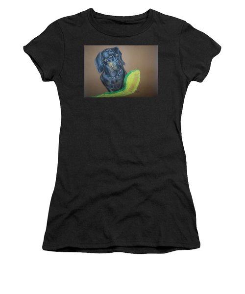Ozzie Dashound Women's T-Shirt (Athletic Fit)