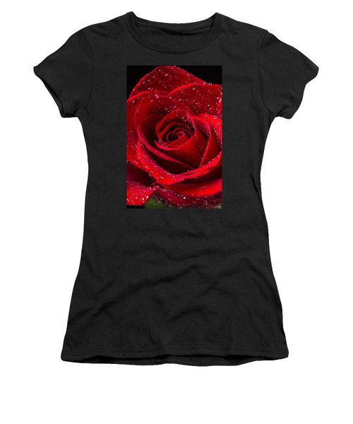 Red Rose With Dew Women's T-Shirt