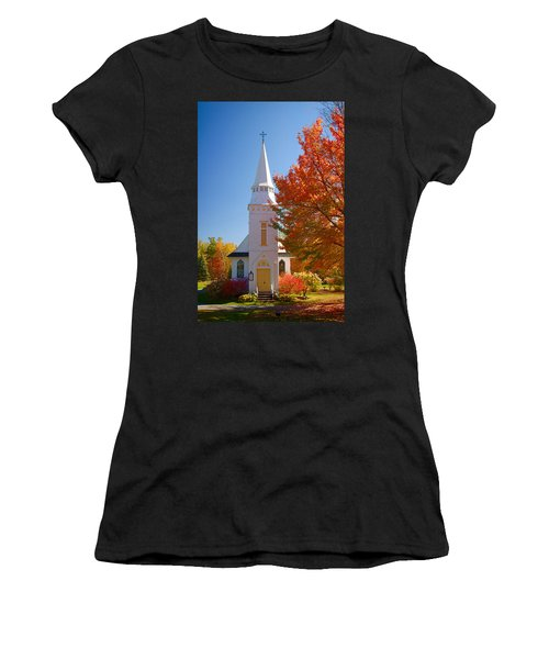 St Matthew's In Autumn Splendor Women's T-Shirt