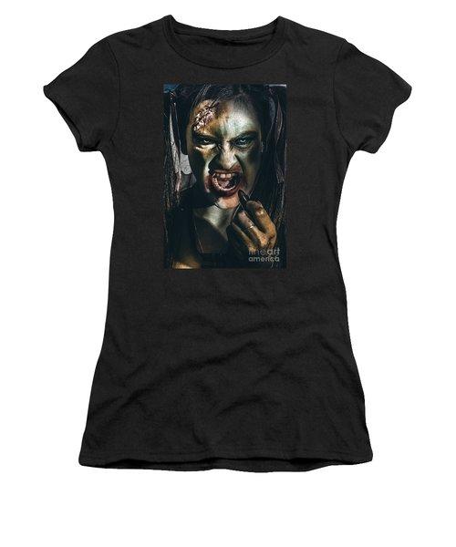 Zombie Prom Queen Woman Putting On Lipstick Makeup Women's T-Shirt