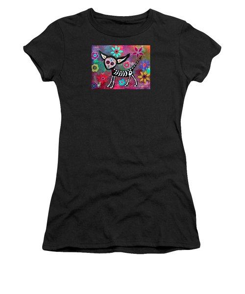 Chihuahua Dia De Los Muertos Women's T-Shirt