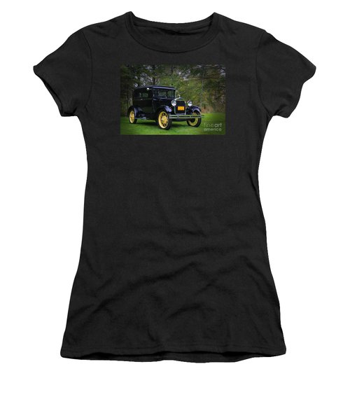 1928 Ford Model A Tudor Women's T-Shirt (Athletic Fit)