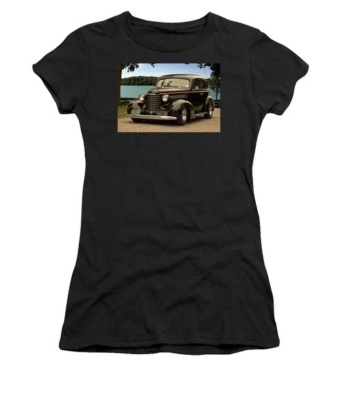 1937 Oldsmobile Custom Sedan Hot Rod Women's T-Shirt (Athletic Fit)