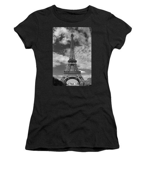 Architectural Standout Bw Women's T-Shirt (Junior Cut) by Ann Horn