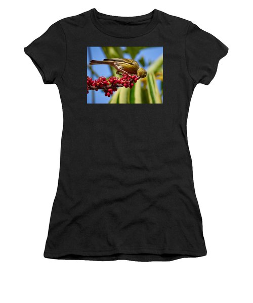 Atlantic Canary With Berries Women's T-Shirt
