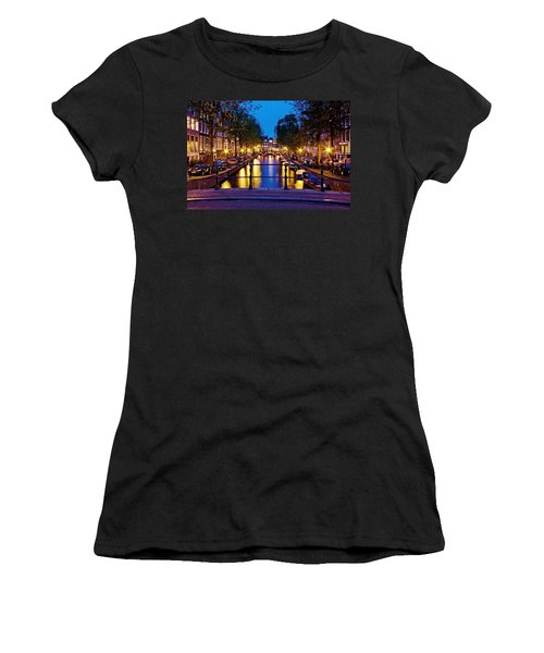 Leidsegracht Canal At Night / Amsterdam Women's T-Shirt (Athletic Fit)