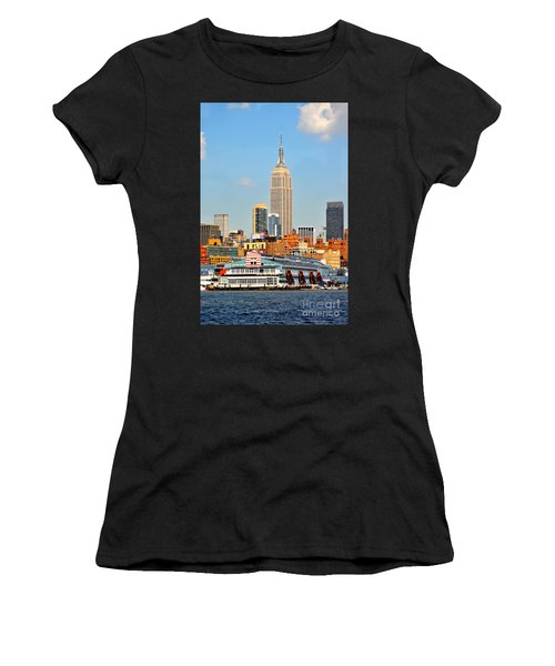 New York City Skyline With Empire State Women's T-Shirt (Athletic Fit)