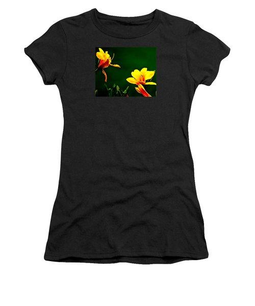 Talking Flower Heads Women's T-Shirt (Athletic Fit)